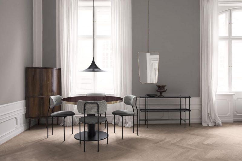 coco-chair-korb-mc741e00-mc741e09_gubi-table-2-0-cherry-red_semi-pendant_fa-33-mirror_ts-console_chain-1600x1600