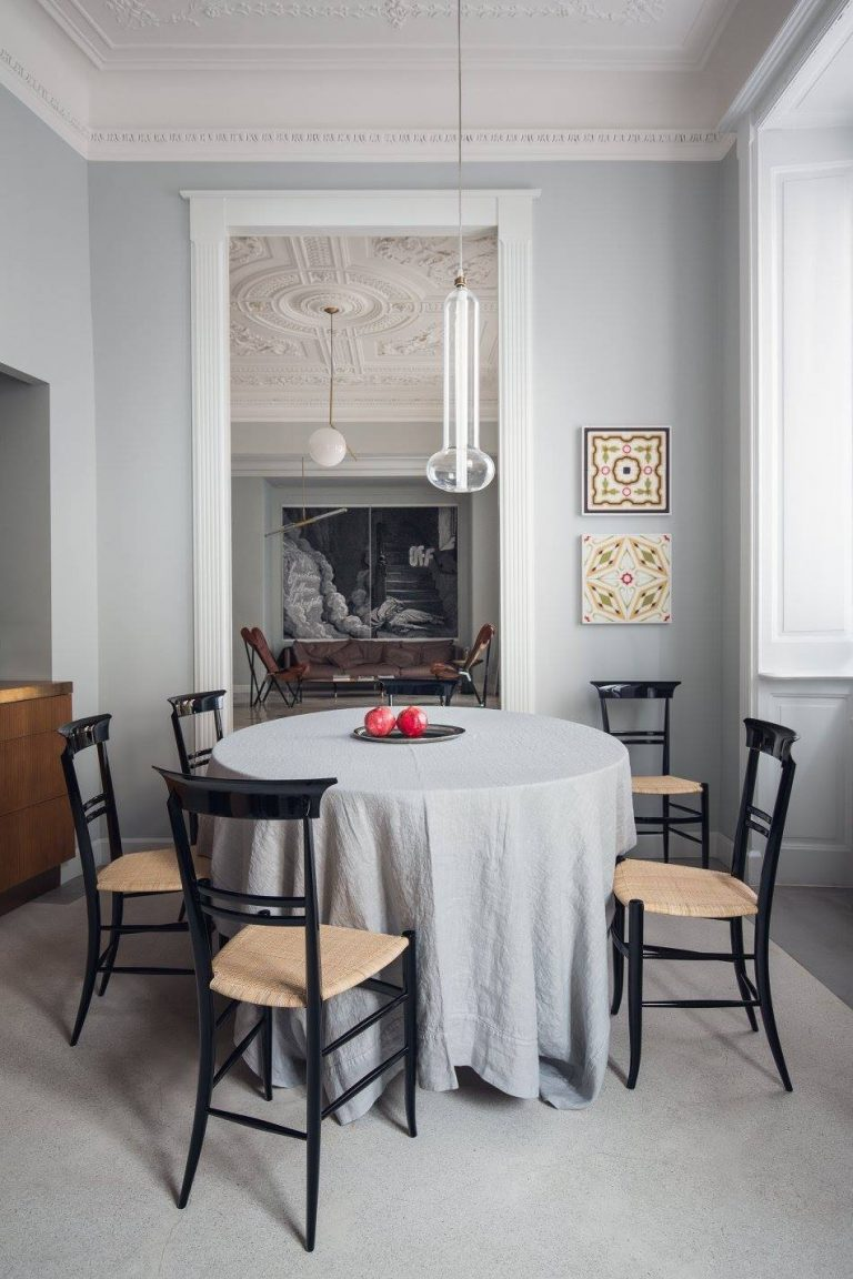 eligo-chiavari-novecento-chair-remodelista-2-768x1152