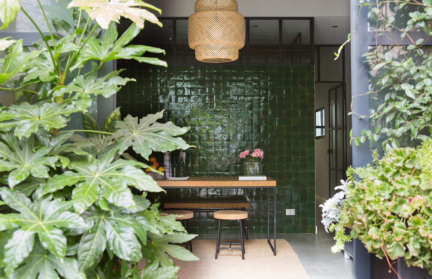 Travel apartment to rent the greenhouse milano inattendu for Garden designer milano
