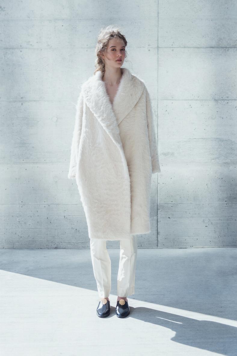 coltraneaw16-helena-alpaca-coat-front-celine