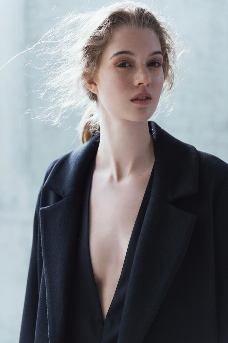 coltraneaw16-ray-cashmere-coat-celine