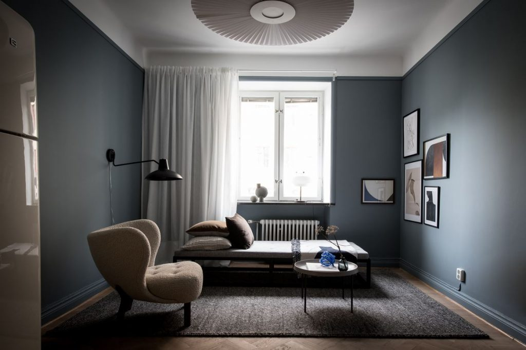 Cozy Apartment With Blue Walls Inattendu
